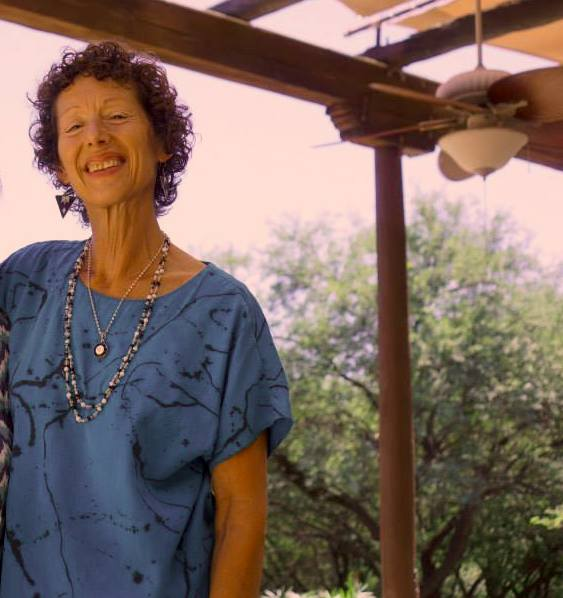 Image : Nancy on Miraval porch